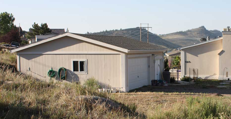 Duplex top floor for rent by owners in carter lake valley for 30x40 garage with apartment